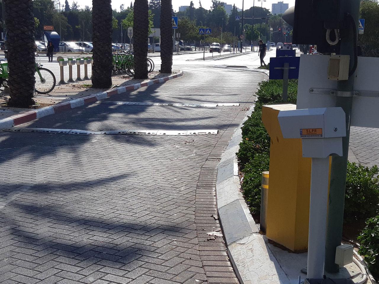 אוניברסיטת-תל-אביב_2
